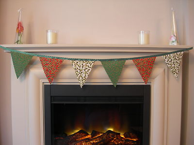 CHRISTMAS BUNTING - Red, Green, Cream 'Holly' & 'Stars' - Green Satin Ribbon - 1m (single sided)
